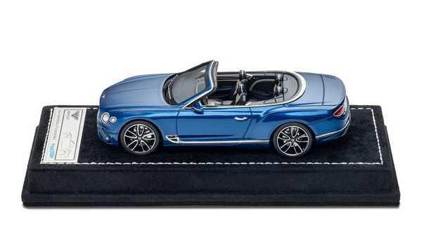 Foto diecast Bentley Continental GT by Mulliner