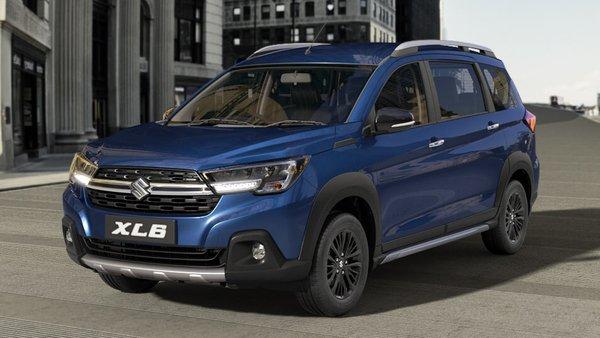 Foto Suzuki XL-6 berwarna biru