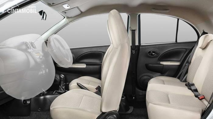 Gambar menunjukan airbag Nissan March 1.2 AT 2017