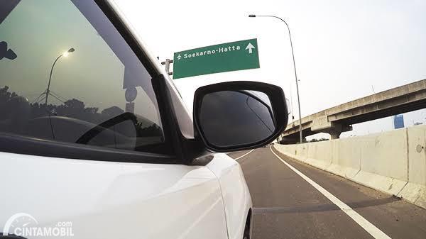 Pertama Kali Berkendara di Jalan Tol? Lakukan Tiga Hal Ini