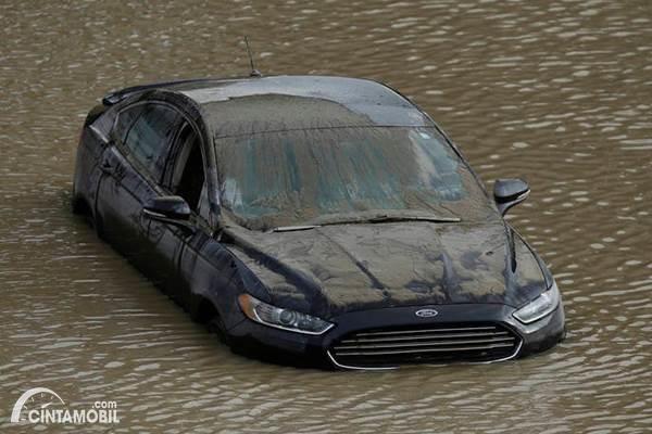 Banjir Bikin Elektrik Power Steering Rusak? Begini Cara Mengeceknya