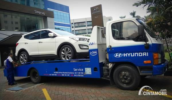 Hyundai 24 Hour Emergency Road Assistance
