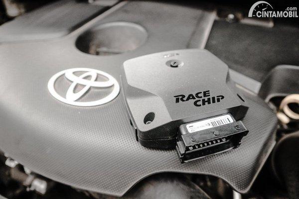 Foto ilustrasi aplikasi ECU Tuning merek RaceChip
