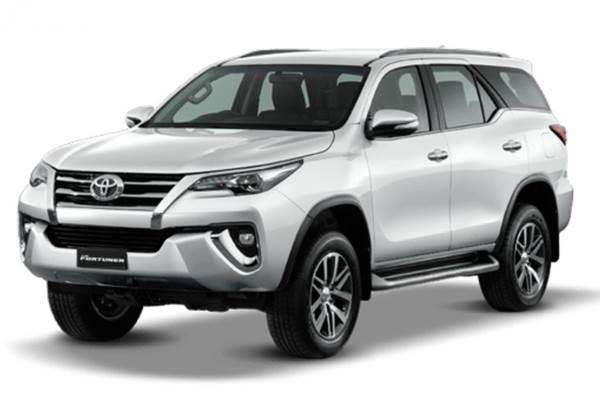 sewa mobil Fortuner Surabaya