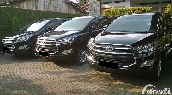 sewa mobil Innova Surabaya