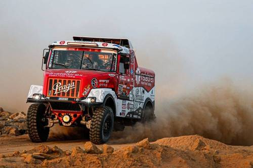 Inilah Tiga Mobil Unik yang Turut Berlaga di Dakar Rally 2020