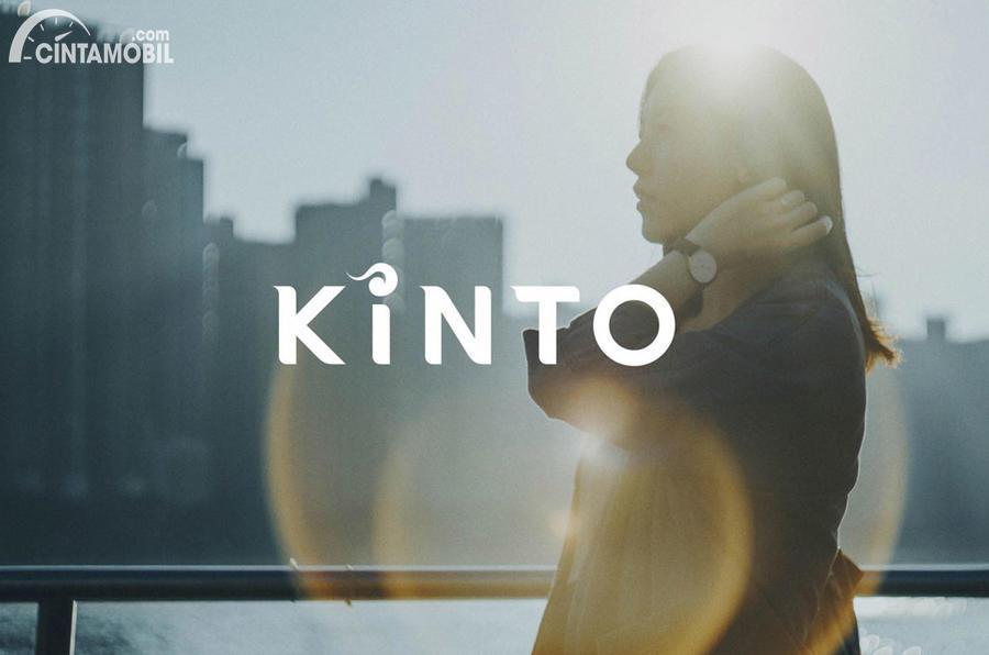 cover merek Kinto dari Toyota