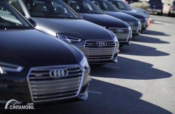 Tertarik Beli Mobil Baru Sisa Stok Dealer? Perhatikan Dulu 5 Hal Ini