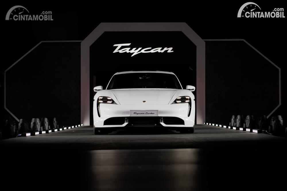 Peluncuran Porsche Taycan untuk pasar Asia Pasifik di Singapura