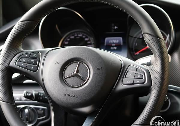 setir mobil Mercedes