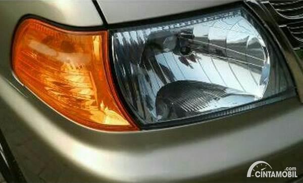stiker orange lampu mobil