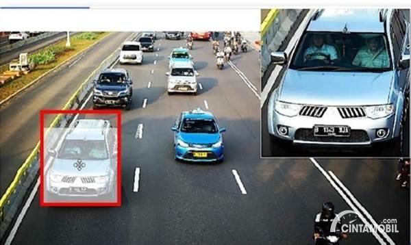 Gambar menunjukkan kamera CCTV tilang elektronik