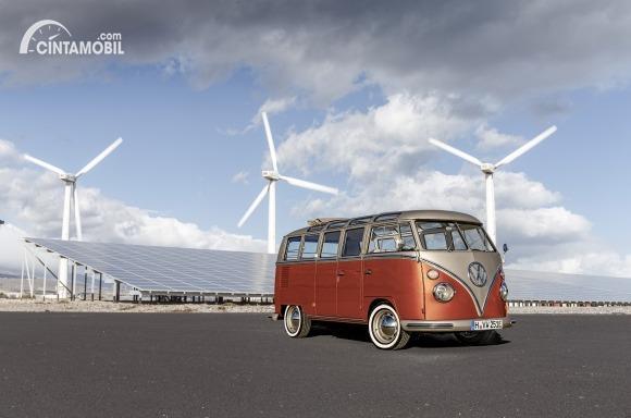 Gambar menunjukkan VW kenalkan e-Bulli Concept
