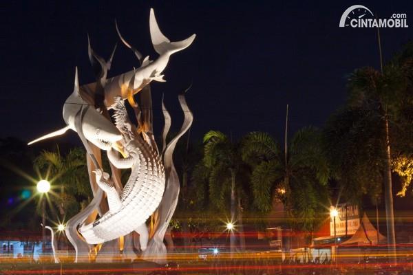 Monumen Surabaya