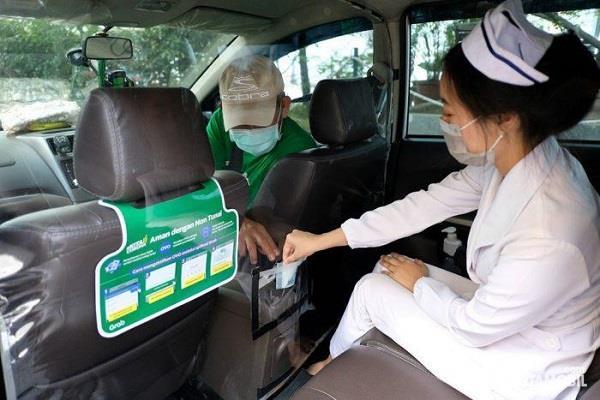 Layanan antar jemput tenaga medis