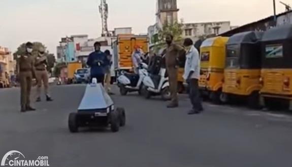 Gambar menunjukan Robot Cop LD