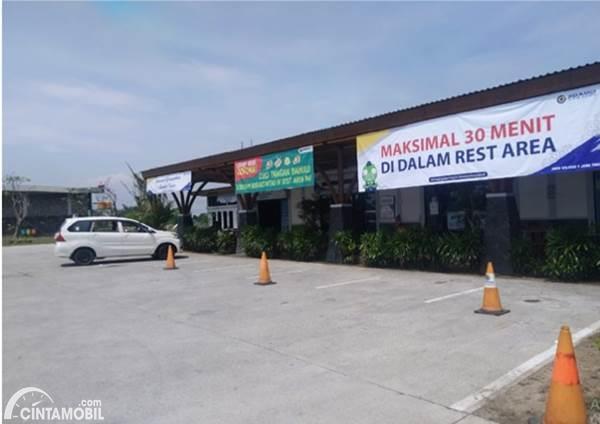 Parkir rest area