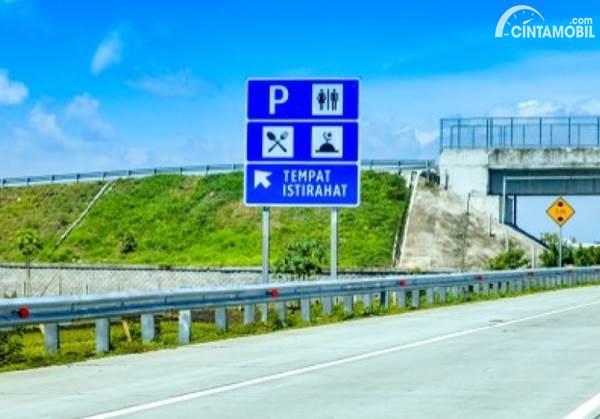 Jelang Lebaran, Waktu Singgah Pengunjung Rest Area Jalan Tol Cuma 30 Menit