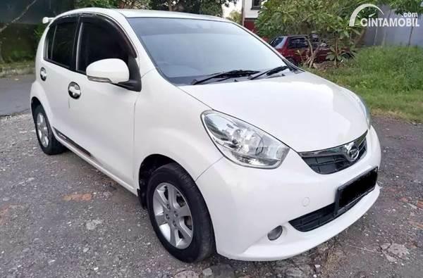 Diahatsu Sirion bekas 2012 dijual