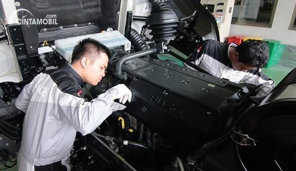 Mekanik Mitsubishi Fuso