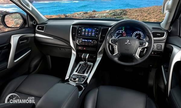Mitsubishi Pajero Sport interior