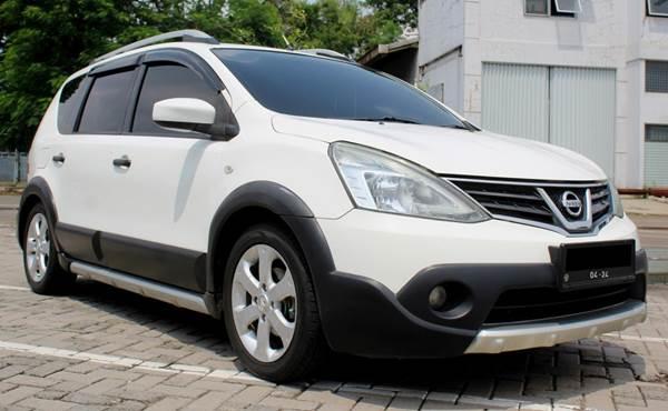 Nissan Livina bekas dijual