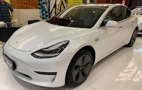 Mengintip Mobil Bekas Tesla di Indonesia, Berapa Sih Harganya?