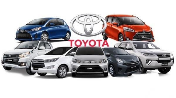 Gambar menunjukkan beberapa model dari mobil Toyota