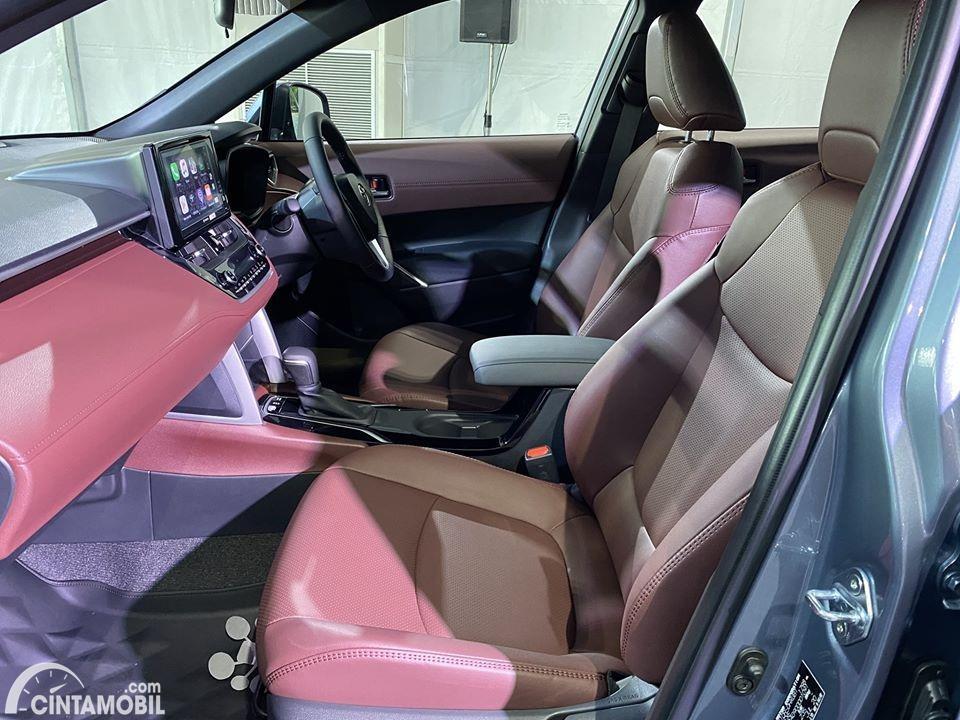 Gambar kursi dan dashboard Toyota Corolla Cross 2020
