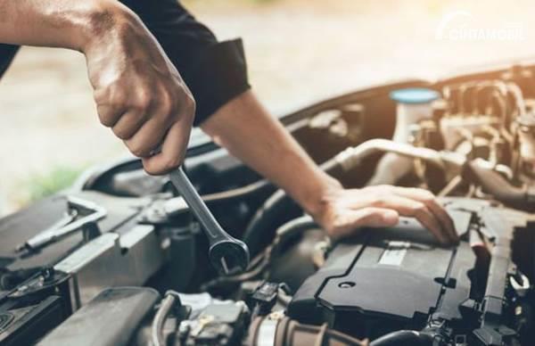Berapa Biaya Tune Up Mobil di Bengkel Umum dan Bengkel Resmi?