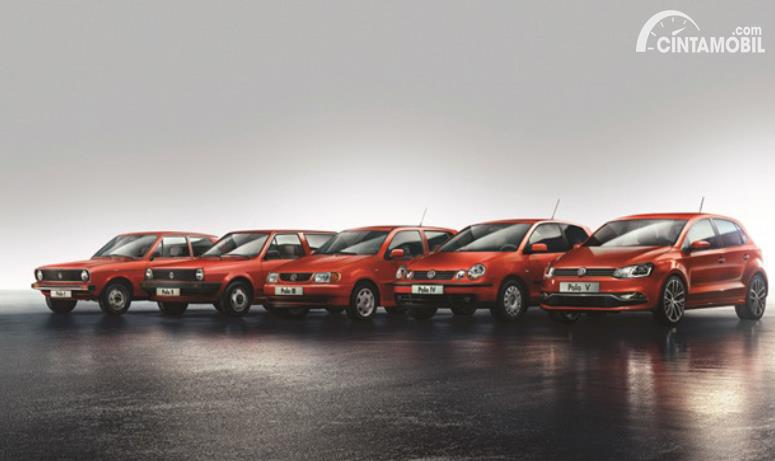 model legendaris Volkswagen Polo berwarna merah