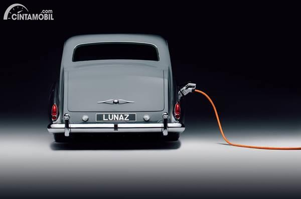 Lunaz Electric Rolls Royce Phantom V