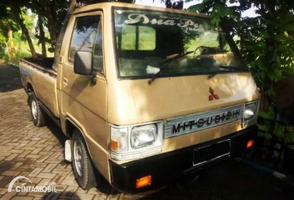 Mitsubishi L300 Pick Up Bekas