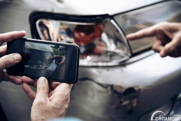 Foto Kerusakan Mobil