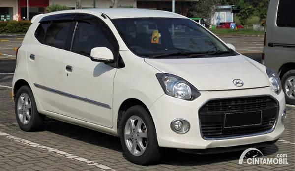 Daihatsu Ayla dijual