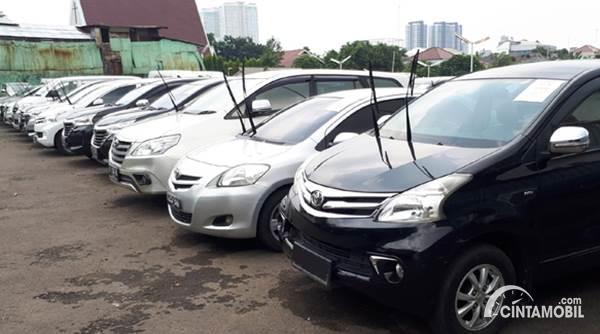 20 Pilihan Lelang Mobil Surabaya Harga Dibawah Rp 50 Juta