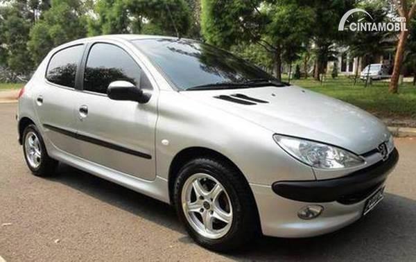 Peugeot 206 bekas dijual