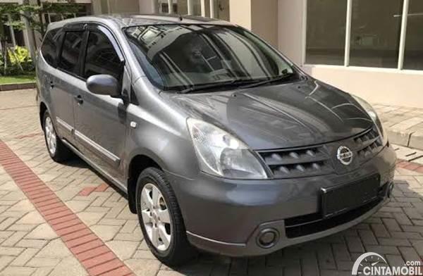 Nissan Grand Livina dijual