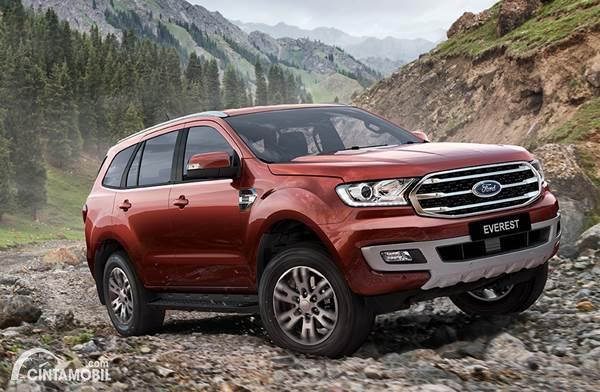 Ford Everest dijual