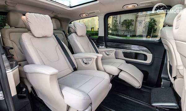 Mercedes V Class interior