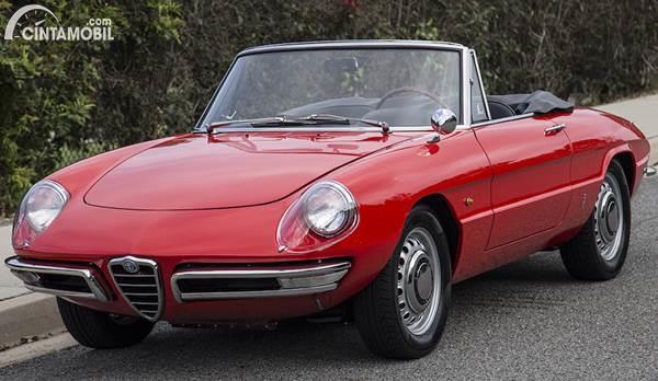 Alfa Romeo Duetto klasik