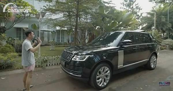 Mobil Raffi Ahmad Range Rover