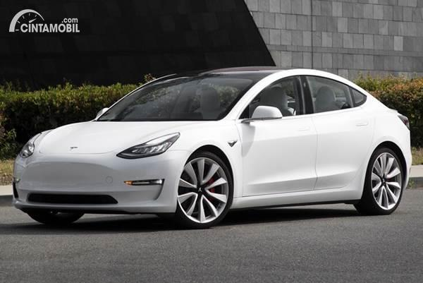 Mari Mengenal Apa Itu Mobil Tesla