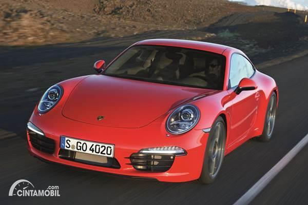Pemilik Porsche 911 Ajukan Gugatan karena Merasa Ditipu Porsche