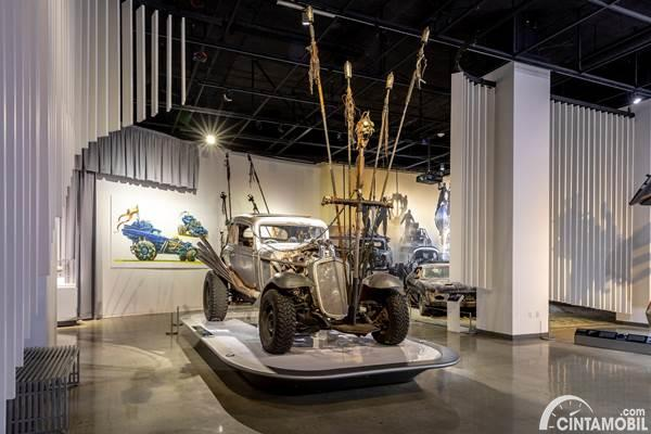 Petersen Automotive Museum collection
