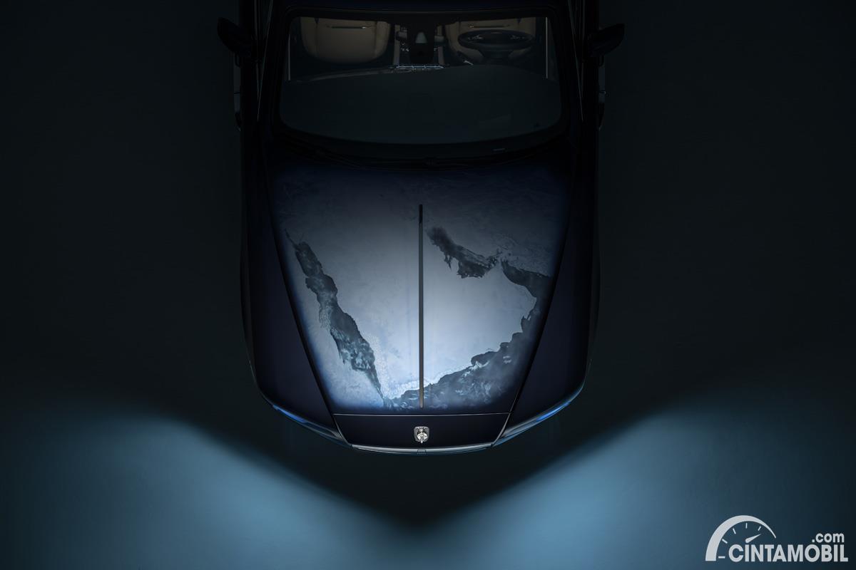 Rolls-Royce Wraith Inspired By Earth Engine Hood