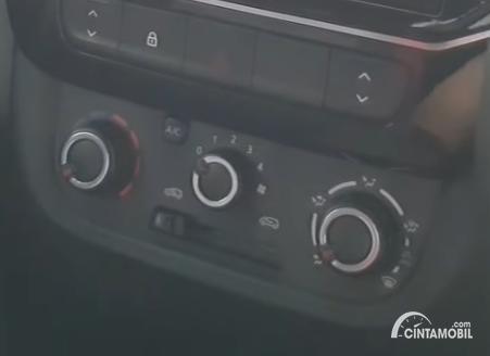 Gambar knop AC Renault Kwid 2020