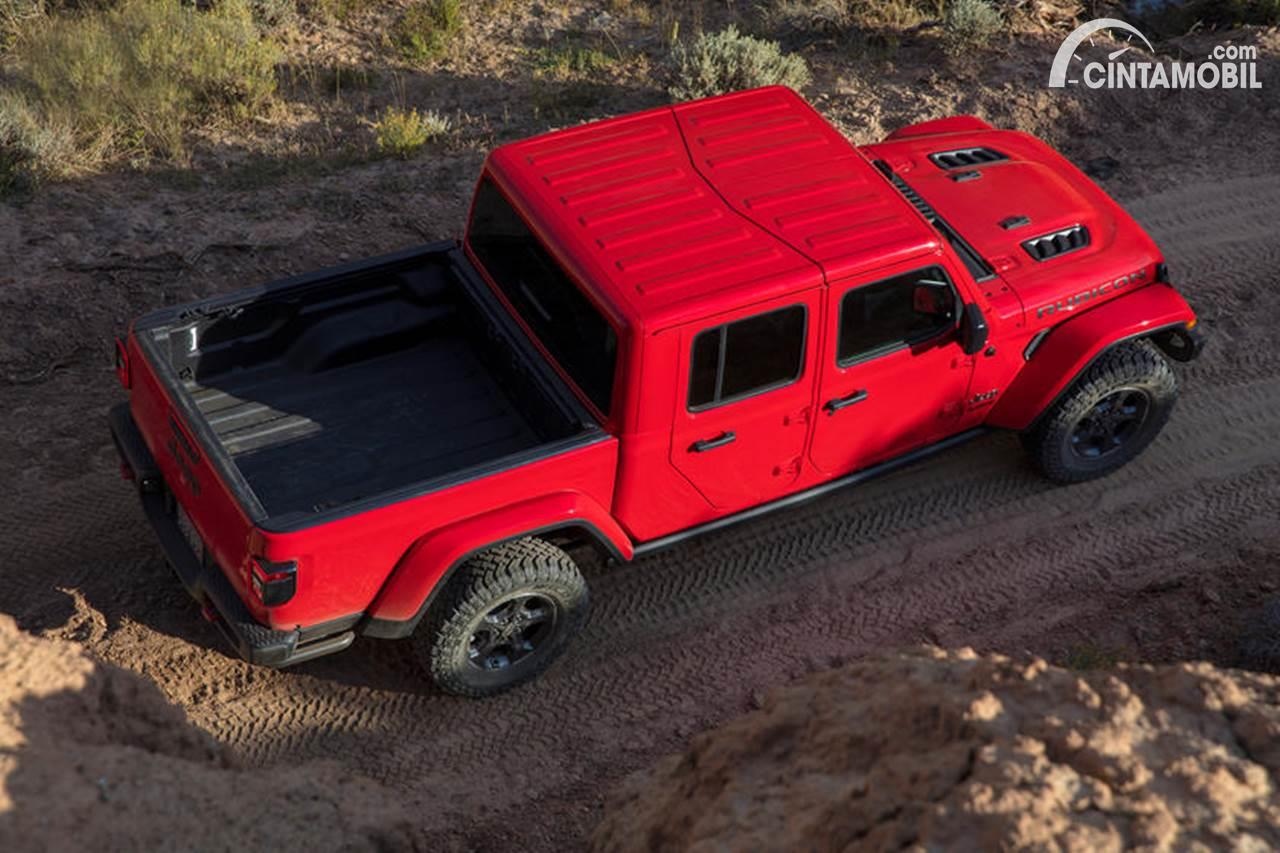 Jeep Gladiator Red