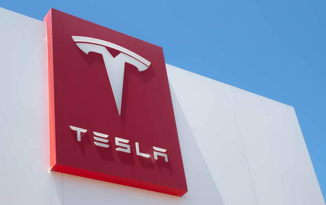 Bahas Industri Mobil Listrik di Indonesia, Erick Thohir Temui Tesla Bulan Depan