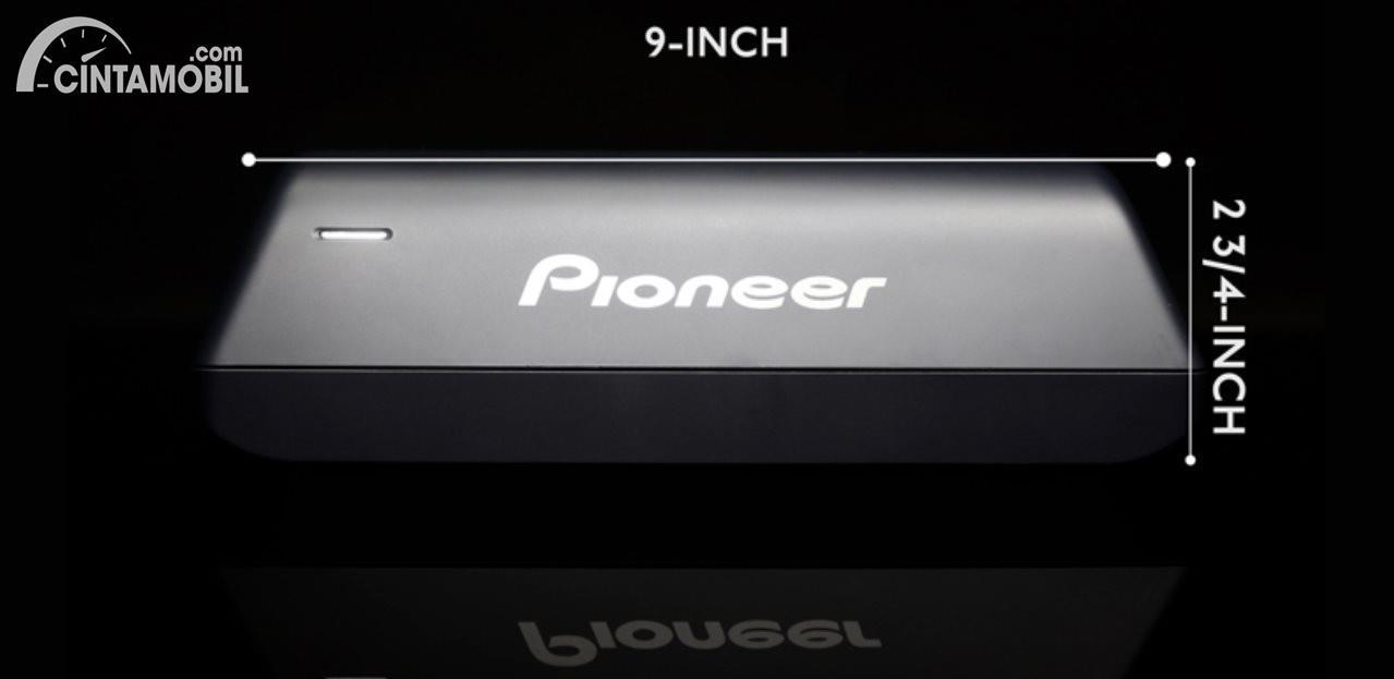 ukuran subwoofer Pioneer TS-WX010A berwarna hitam